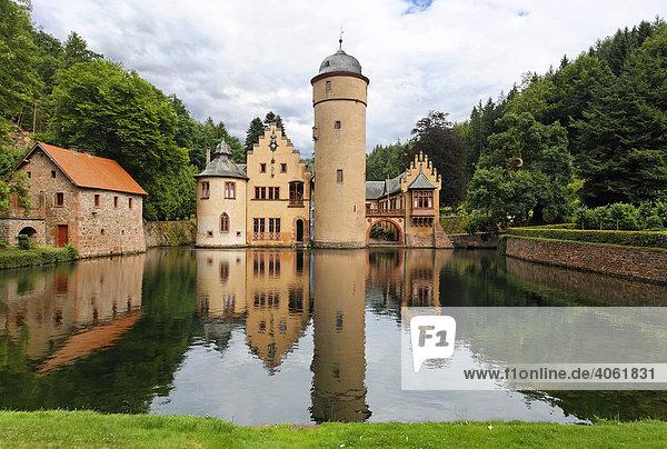 Wasserschloss Mespelbrunn  Oberfranken  Franken  Bayern  Deutschland  Europa