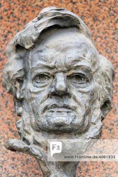 Büste Richard Wagner  Staatsoper Nürnberg  Nürnberg  Mittelfranken  Franken  Bayern  Deutschland  Europa Büste Richard Wagner, Staatsoper Nürnberg, Nürnberg, Mittelfranken, Franken, Bayern, Deutschland, Europa