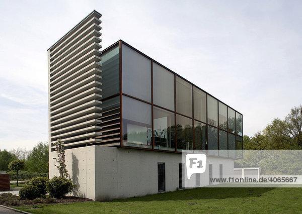 Modernes Bürogebäude  Gelsenkirchen  Ruhrgebiet  Nordrhein-Westfalen  Deutschland  Europa
