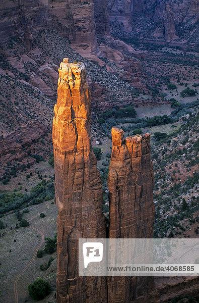 Felsnadel im Canyon de Chelly  Arizona  USA