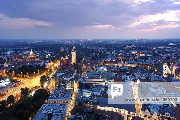 Panoramic city view at dusk  Neuer Rathausturm  New Town Hall Tower  Leipzig  Saxony  Germany  Europe