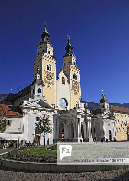 Brixen Cathedral  Brixen  South Tyrol  Italy  Europe