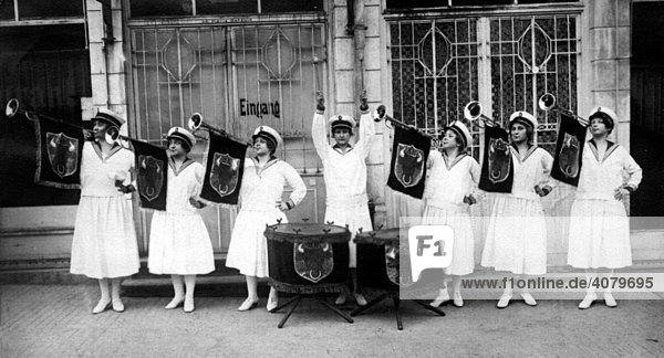 Historische Aufnahme  Heilsarmee  ca. 1930