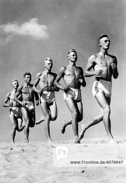 Historische Aufnahme  Läufer  ca. 1940