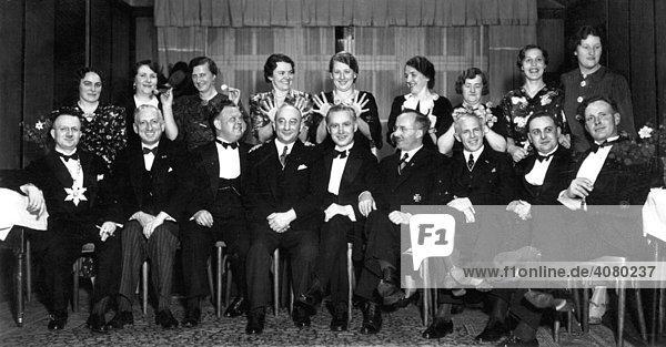 Historische Aufnahme  lustige Gruppe  ca. 1920
