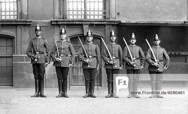 Historische Aufnahme  Polizei im Kaiserreich  ca. 1910