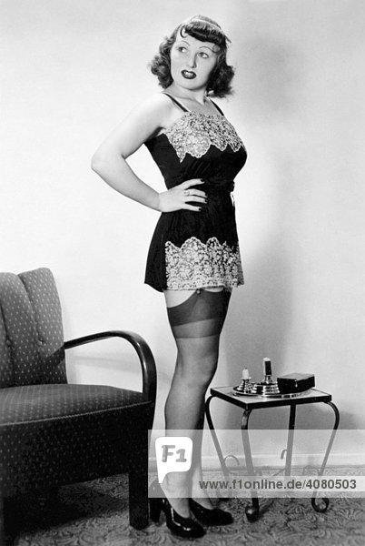 Sexy Frau  historische Aufnahme  ca. 1931
