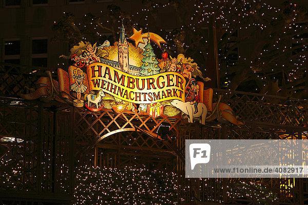Weihnachtsmarkt vor dem Hamburger Rathaus  Hamburg  Deutschland Weihnachtsmarkt vor dem Hamburger Rathaus, Hamburg, Deutschland