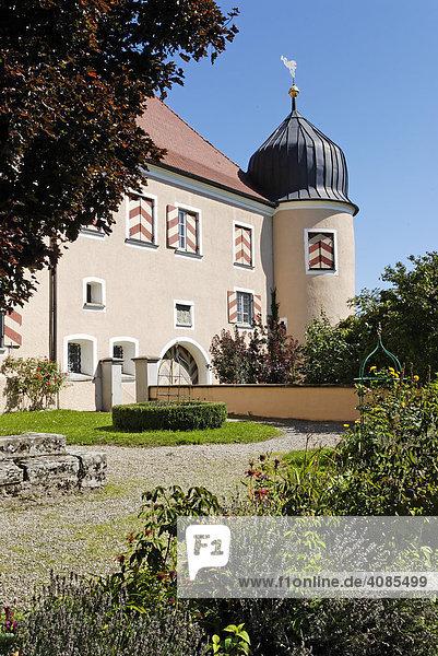 Kronburg Kreis Unterallgäu Schwaben Bayern Deutschland Schloss Westseite vom Söller
