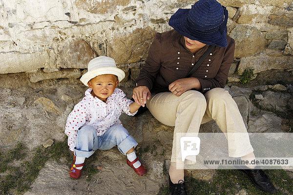 Mutter mit Kid  Tibet