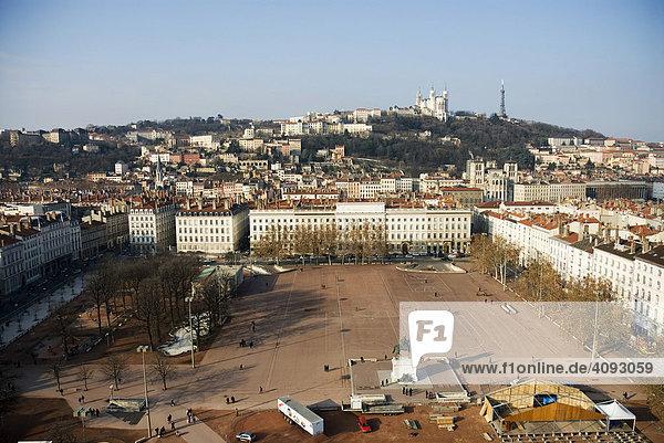 View onto Place Bellecour  Basilika Notre Dame de Fourvière at the back  Lyon  France
