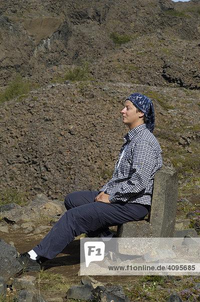 Natürlicher Sitz aus Basalt HljÛ_aklettar Jökuls·rglj_fur Nationalpark Nordisland Island