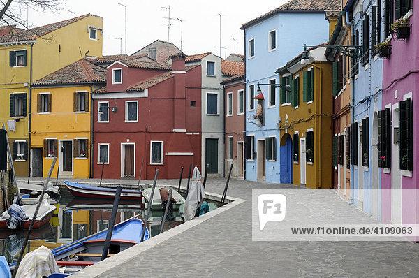Hausfassaden  Burano  Venedig  Venetien  Italien
