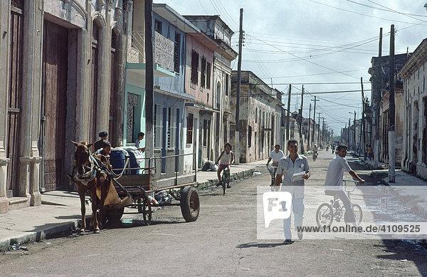 Pferdekutschen und Fahrräder sind das Hauptverkehrsmittel in Cardenas  Kuba