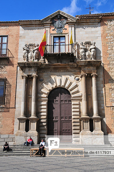 Eingang des Palacio Arzobispal  Toledo  Spanien