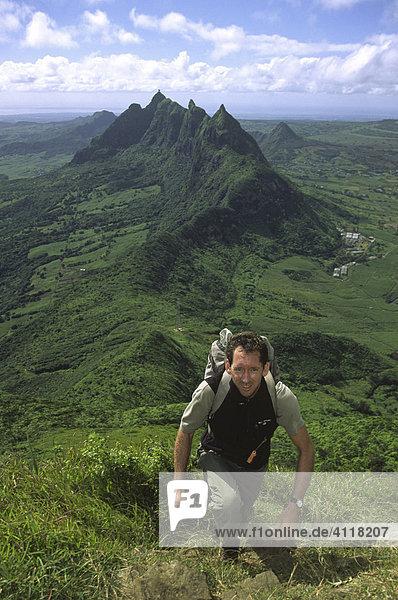 Besteigung des Le Pouce  Blick auf den Berg Pieter Both  Mauritius
