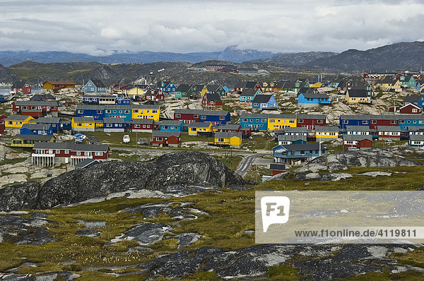 Typische bunte Wohnhäuser  Ilulissat  (Jakobshavn)  Grönland  Nordatlantik