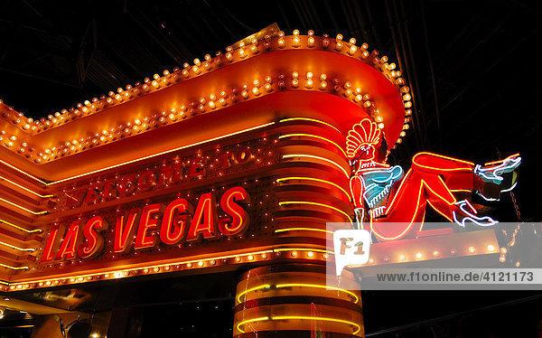 Leuchtreklame Neonwerbung Im Mgm Grand Hotel Und Casino Strip Las Vegas Boulevard Las Vegas Nevada Usa