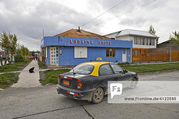 Taxi  Puerto Natales  Patagonien  Chile  Südamerika