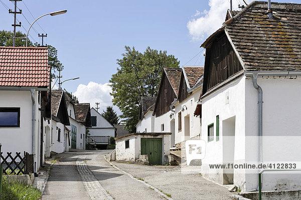 Kellergasse bei Mailberg  Weinviertel  Niederösterreich  Österreich