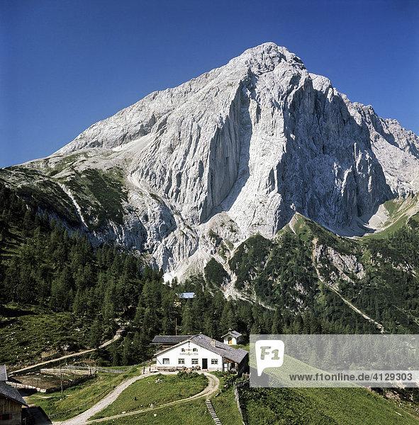 Halleranger Alm  Hütte  Kleiner Lafatscher  Karwendel  Tirol  Österreich