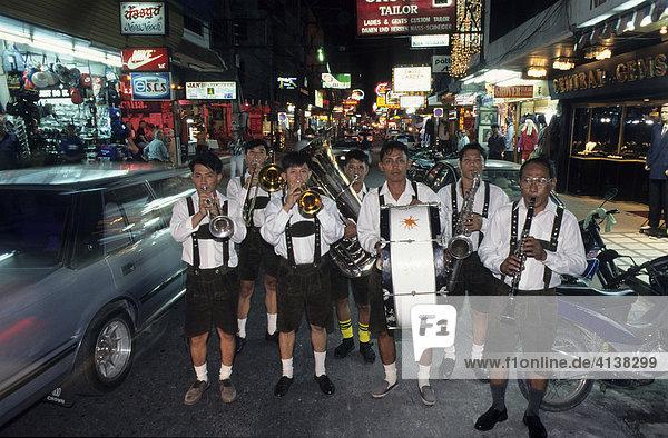 THA  Thailand: band in Bavarian clothes in the Bavarian Bier House  Pattaya.