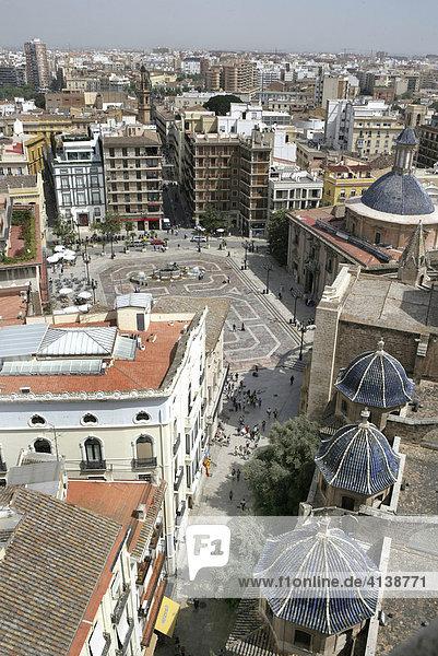 ESP  Spain  Valencia : View of the old town  Plaza de la Virgen