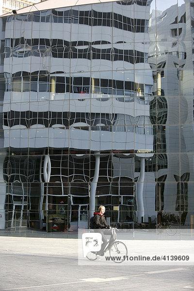 Das neue Stadthuis  Rathaus  am Spui  Den Haag  Niederlande
