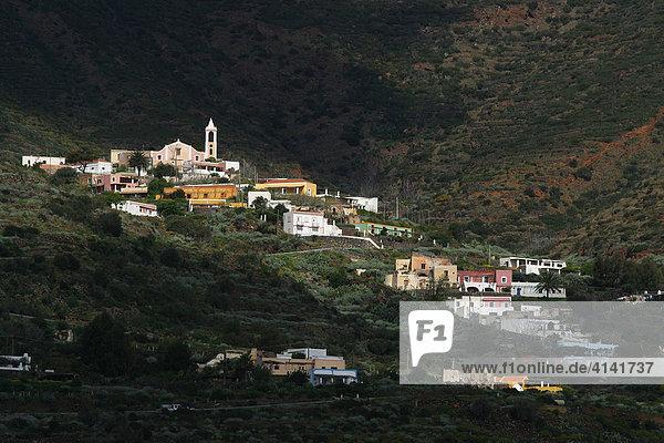 Bergdorf auf Filicudi  Liparische Insel  Sizilien  Provinz Messina  Italien