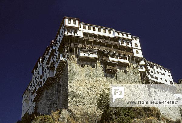 Griechisch-orthodoxes Kloster Dionysiu auf dem Berg Athos  autonome Mönchsrepublik  Halbinsel Chalkidiki  Griechenland