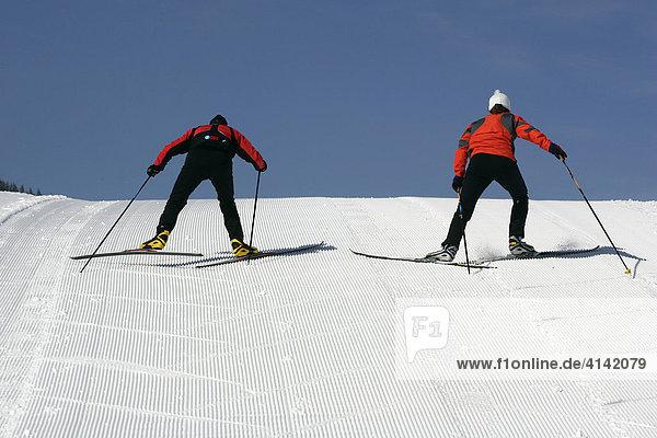 Grätenschritt beim Skilanglauf