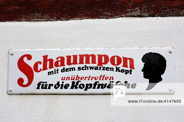 Altes Werbeschild für Haar-Shampoo Schaumpon von Schwarzkopf Altes Werbeschild für Haar-Shampoo Schaumpon von Schwarzkopf