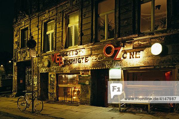 Ehemalige DDR Kneipe in der Oranienburger Straße  Berlin-Mitte  Berlin  Deutschland