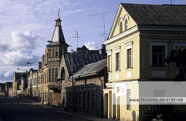 Altstadt mit Holzhäusern  Rokvere  Estland