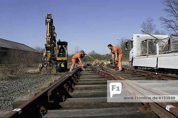 Bahnhof  Schienen und Weichen werden demontiert  Wipperfürth  Nordrhein-Westfalen  Deutschland