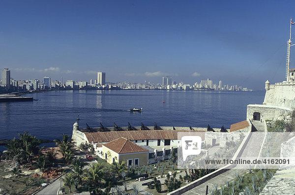 Skyline von Havanna aufgenommen von der Festung El Muro  Kuba