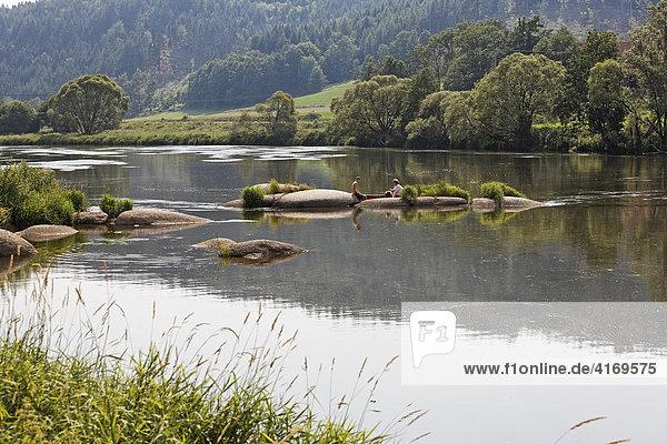 Fluss Regen in Heilinghausen bei Regenstauf Oberpfalz Bayern Deutschland