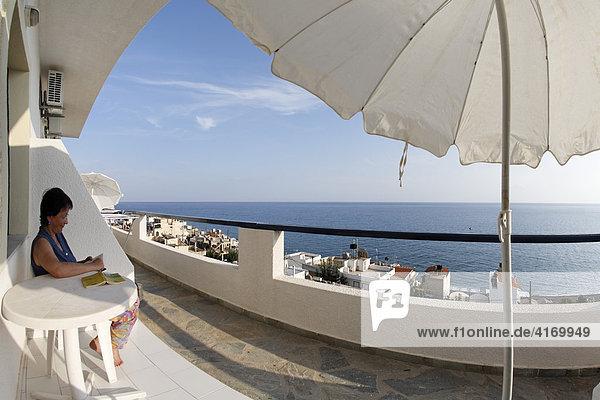 Blick von Apartmentanlage Big Blue über Mitrtos  Südkreta  Kreta  Griechenland