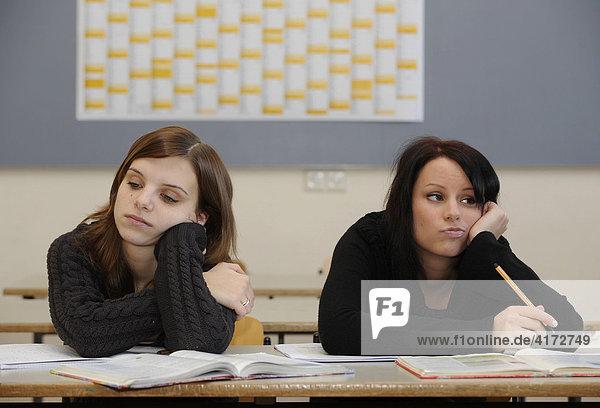 Female pupils / students