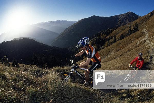 Mountainbiker  Serfaus  Tirol  Österreich
