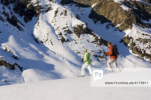 Schneeschuhlaufen  Bieler Höhe  Galtür  Tirol  Österreich