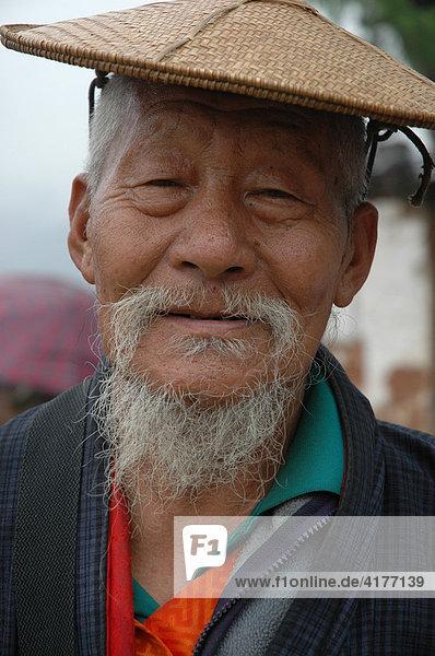 Alter Mann  Bhutan  Asien