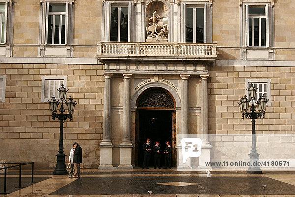 Palau de la Generalitat in der Altstadt El Barri Gotic Barcelona  Katalonien  Spanien