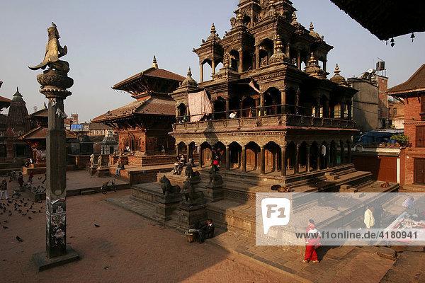 Blick auf den Tempel Krishna Mandir am Durbar Square in der Altstadt von Patan Lalitpur im Kathmandu -Tal - Patan  Nepal  Asien