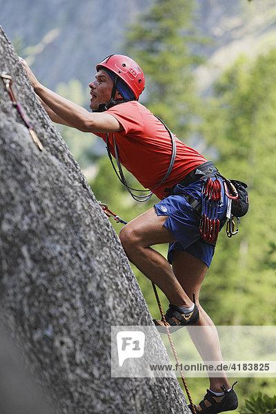 Klettern in Ailefroide  Provence-Alpes-Cote de Azur  Hautes-Alpes  Frankreich