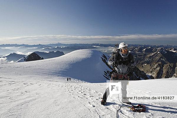 Mont Pelvoux 3.946 m  Provence-Alpes-Cote de Azur  Hautes-Alpes  France