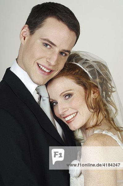 Brautpaar bei Hochzeit