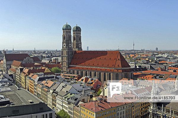 Panorma mit Frauenkirche  München  Bayern  Deutschland