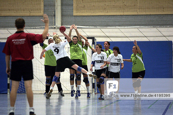 Handball  Frauen TB Gaisburg gegen HSG Oberer Neckar  Stuttgart  Baden-Württemberg  Deutschland