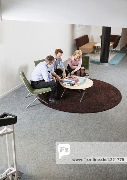 Treffen bei der Arbeit